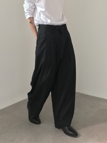 flow over three tuck slacks(2colors)